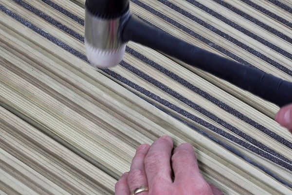 Q-GRIP STRIP, SLIP RESISTANT RETRO FIT DECKING STRIP